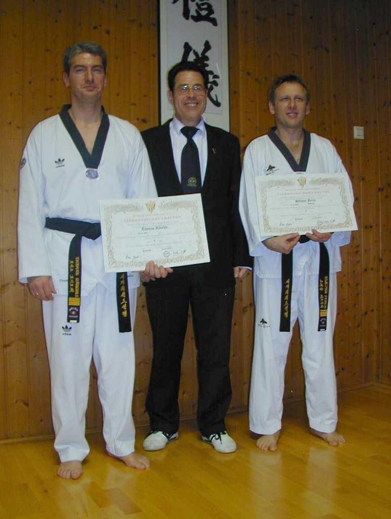 Thomas und Stefan haben am 19.3.2005 ihre Prüfung zum 5. Dan bestanden