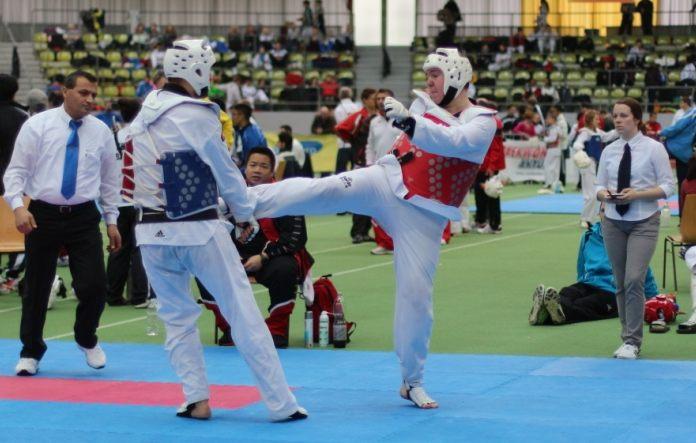 Kai Anselment erkämpft beim Park Pokal 2013 Vollkontakt den dritten Platz