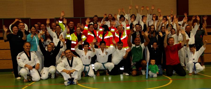 Wettersbacher Rettungskräfte zu Gast beim TKD Pfinztal